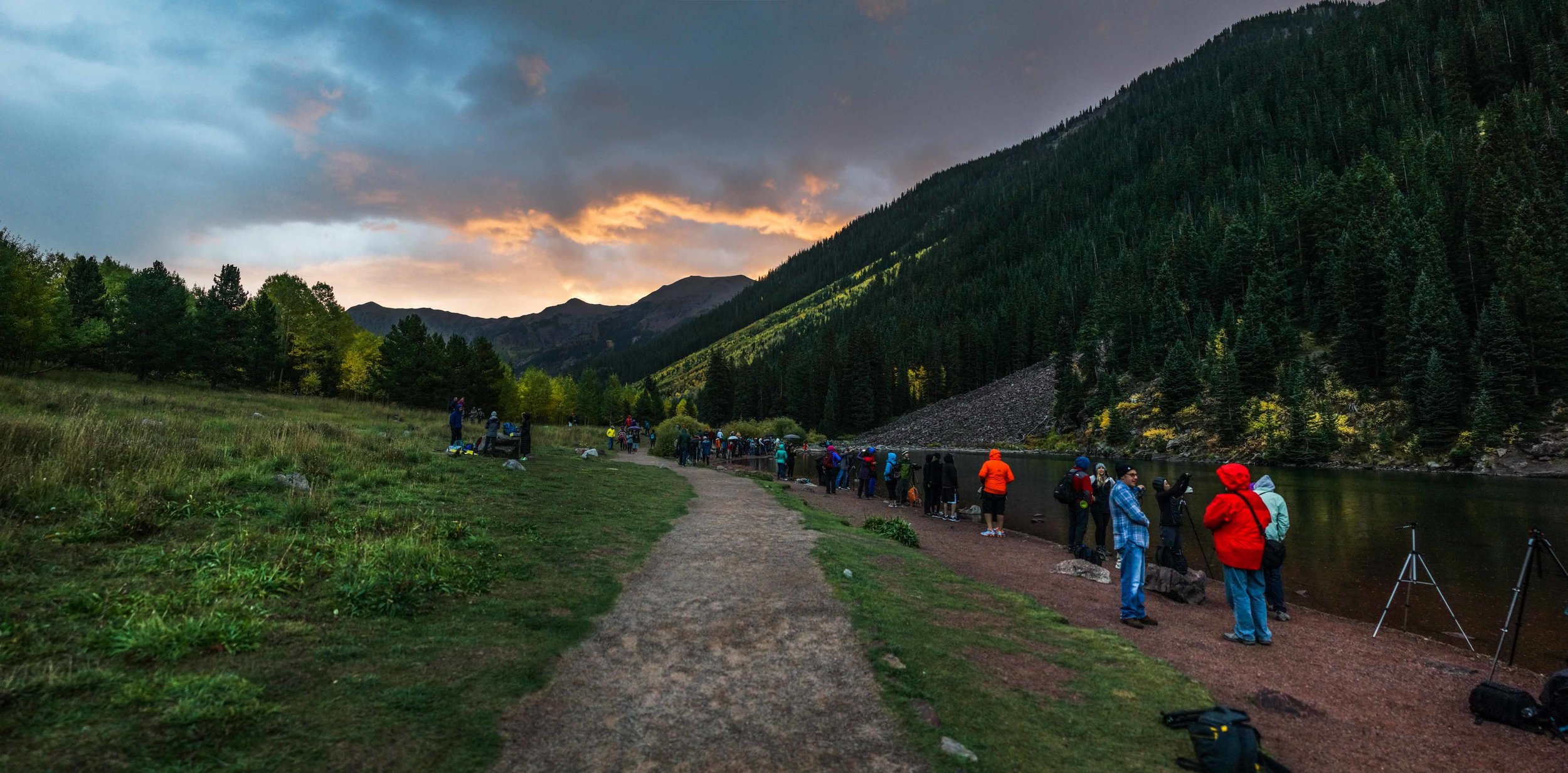 It was my first time coming to Aspen. I had no wonder why people and photographers love this place. It was freaking beautiful!