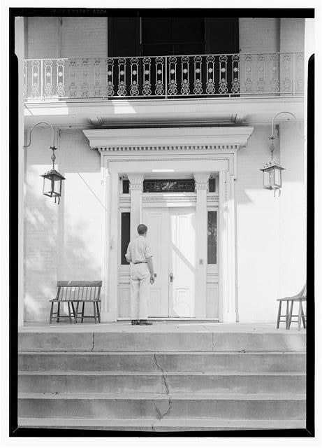 Lester Jones, Photographer August 19, 1940 source:www.loc.gov