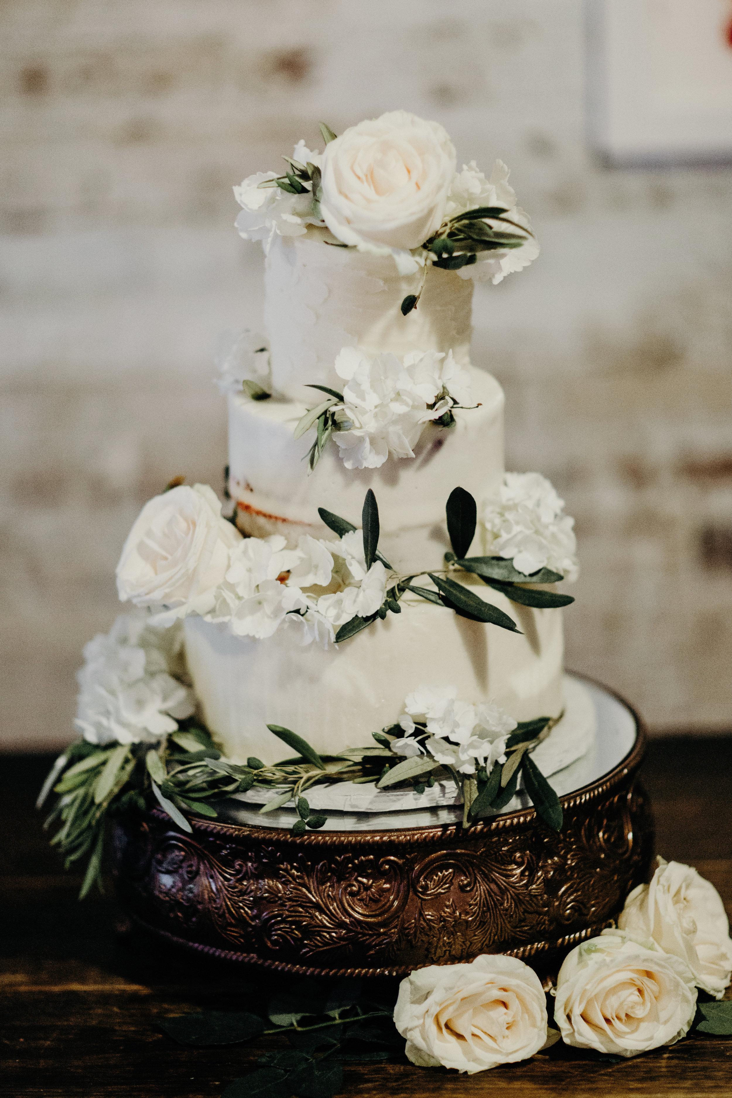 Custom Cake Design Nashville.jpg