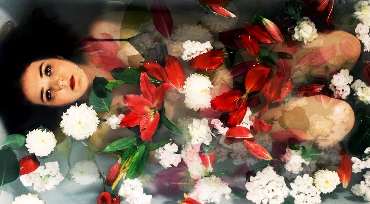 Flowers01_HeatherCvar_HiRes.jpg