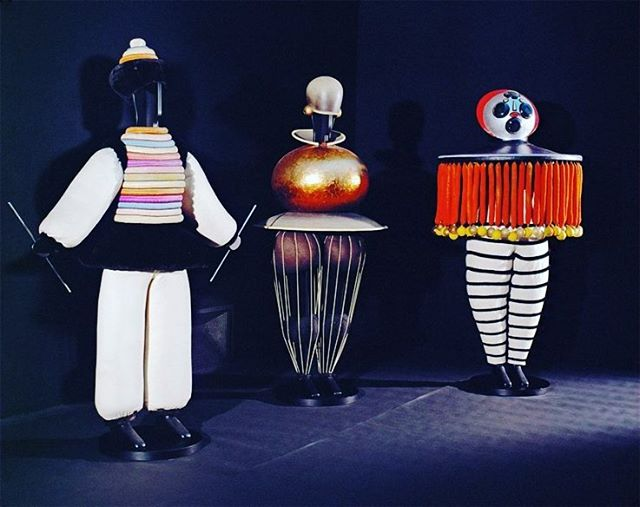 Celebrating Costume Design 🎭Triad Ballet 1922 | Choreography and design by Oskar Schlemmer for Bauhaus Theatre. A painter, sculptor, designer and dancer, Oskar designed the costumes before the choreography. The dancers moved in jerky, wind up toy like motions responding to the nature of the costumes, designed to restrict movement. . . . #costumedesign #art #bauhaus #oskarschlemmer #surrealism  #theatre #magic #inspiration #themoreyouknow