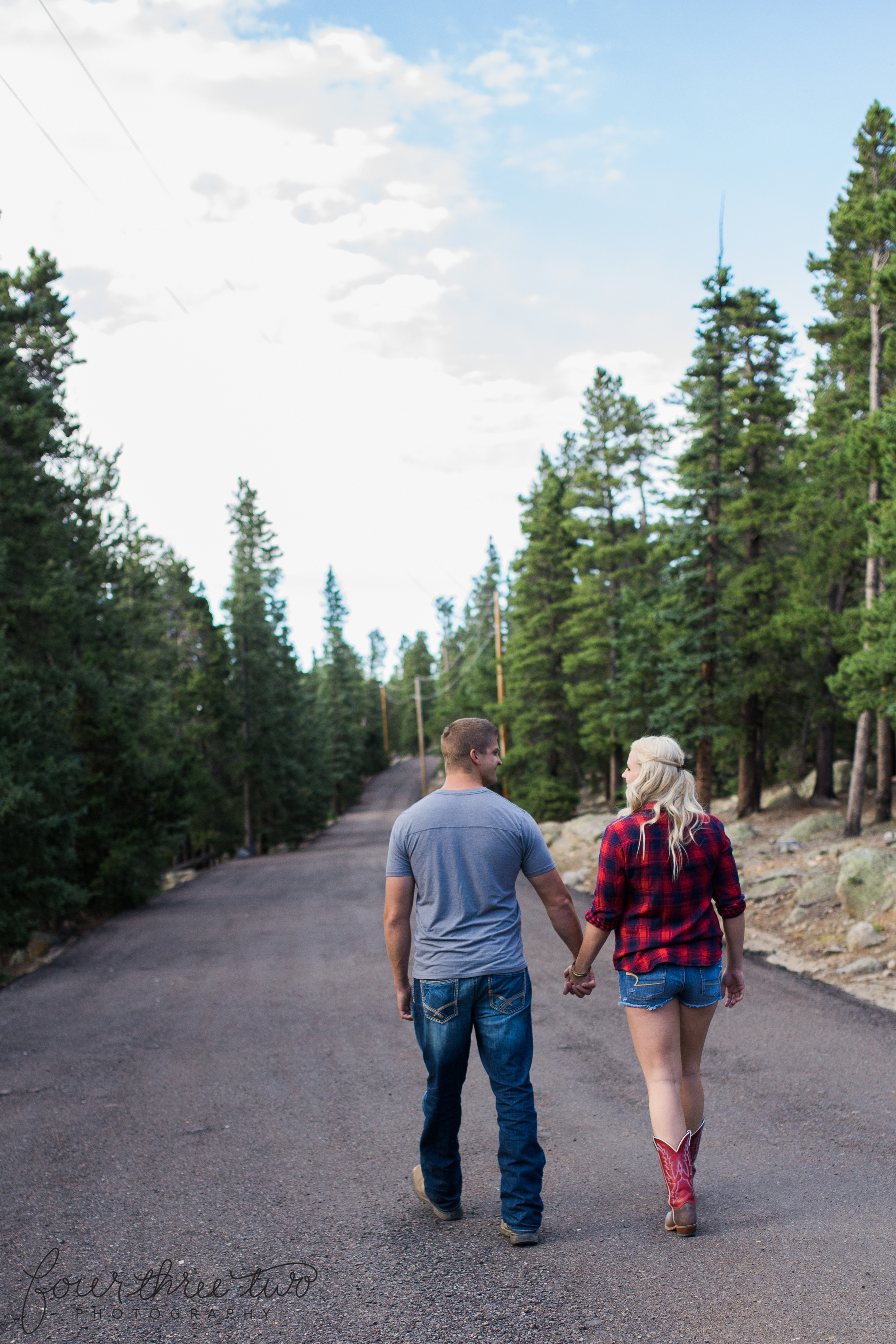 Colorado mountain engagement shoot - Colorado Mountain Wedding Photographer