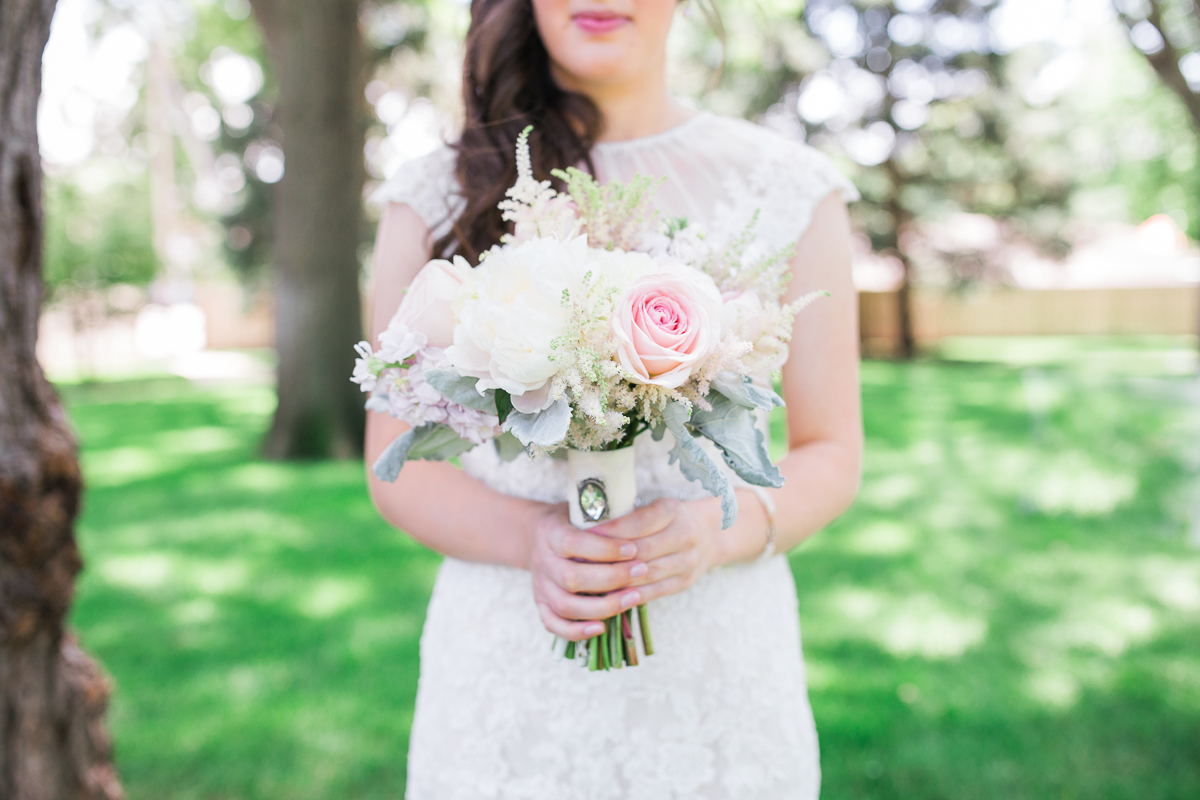 bridal bouquet with grandmas broach