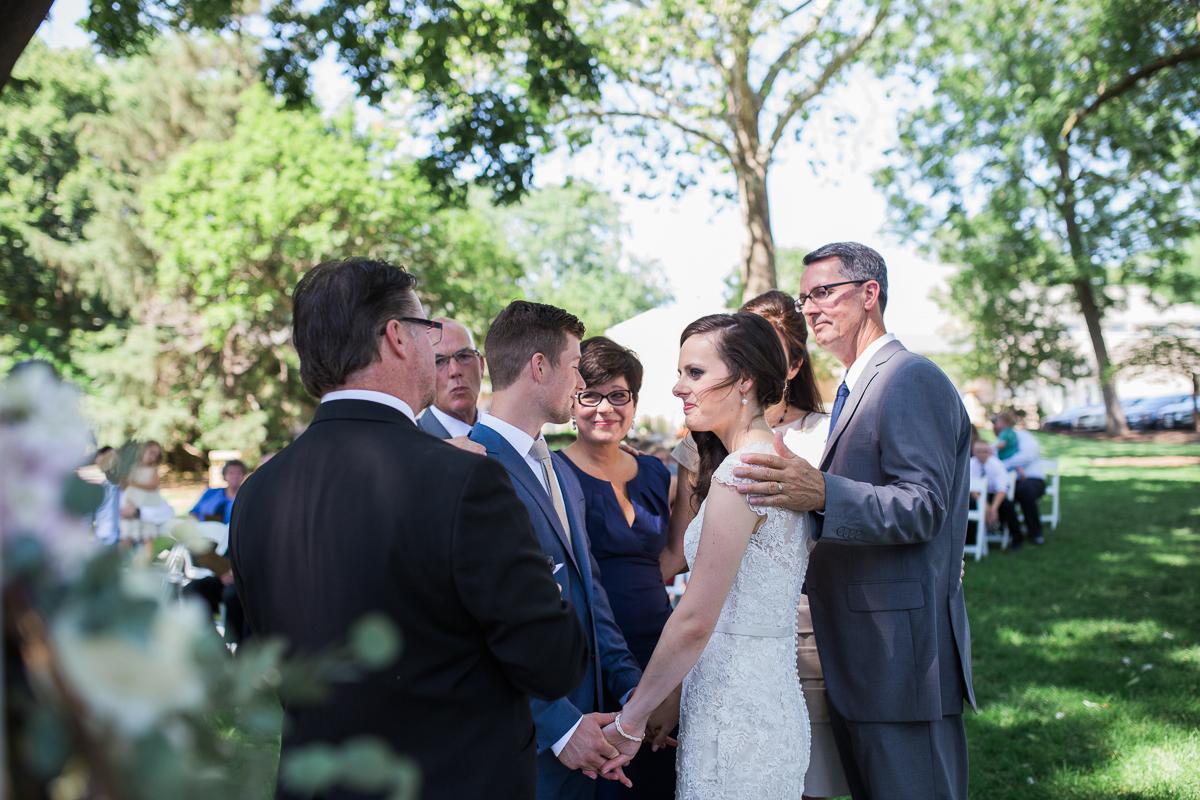 colorado wedding praying parents