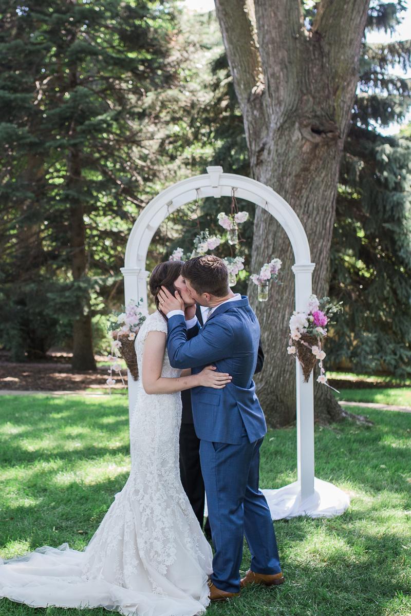 Colorado first kiss at altar