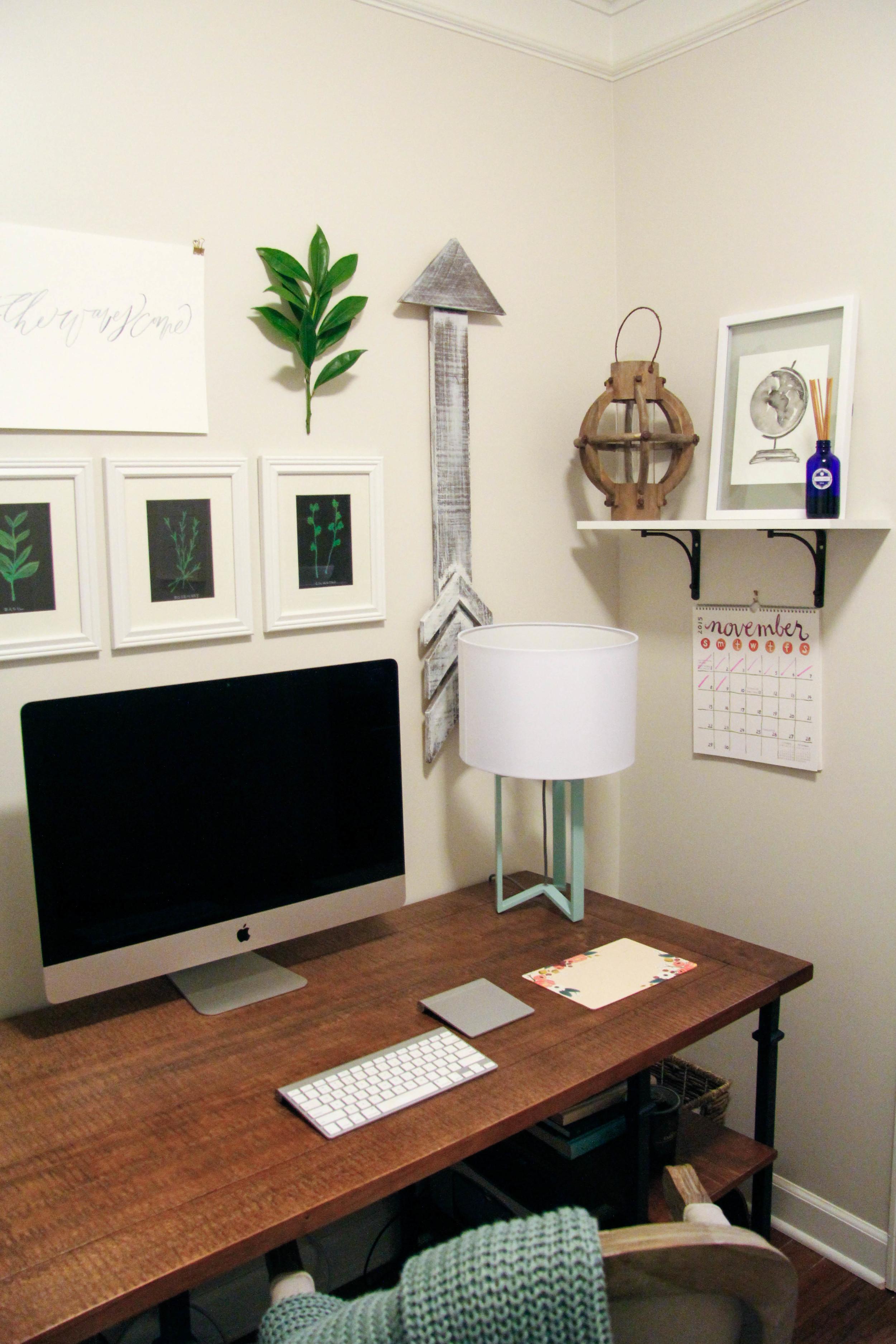 Office (1 of 9).jpg