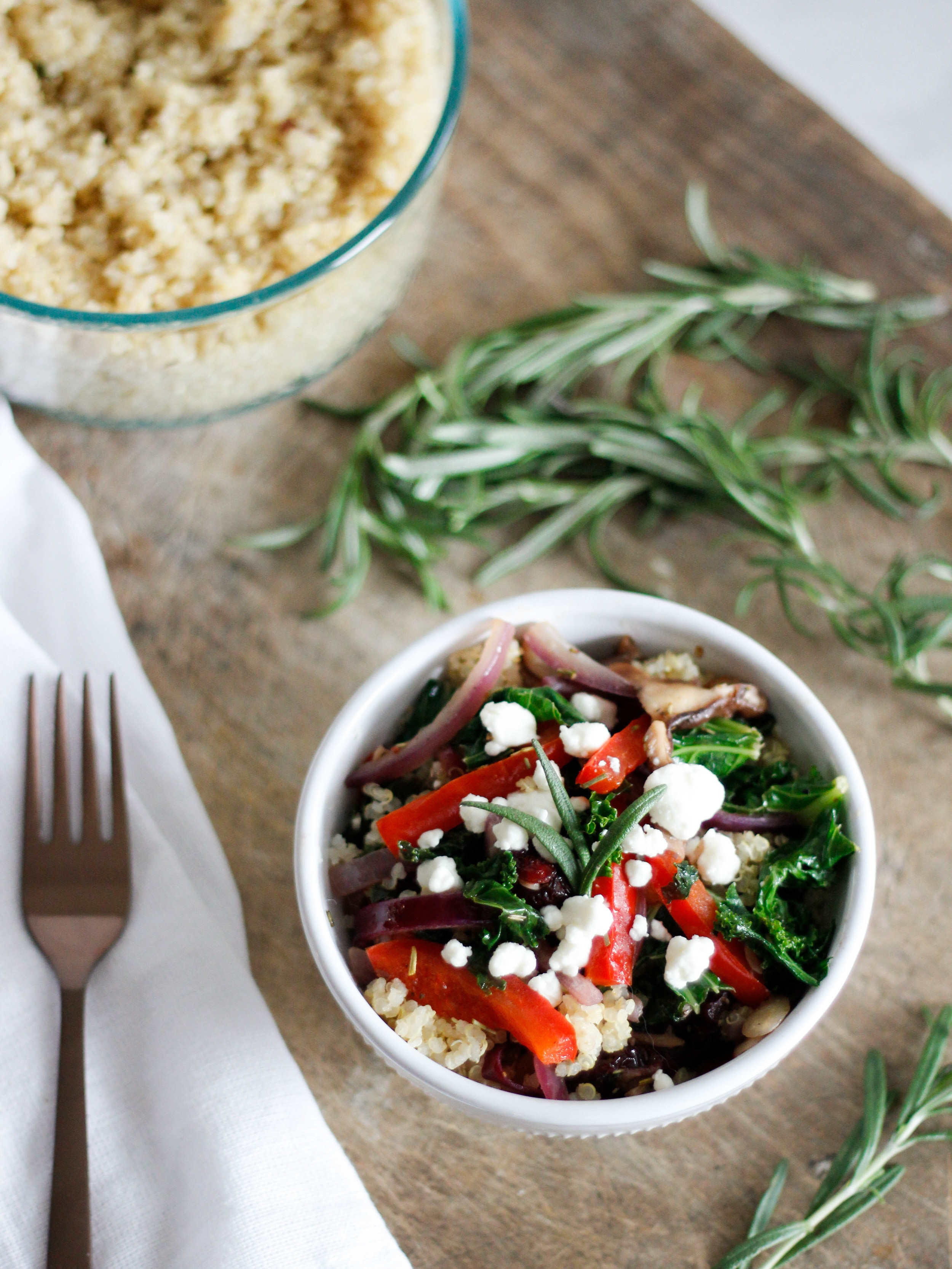 Rosemary & Red Pepper Quinoa Bowl | Jennifer Diaz