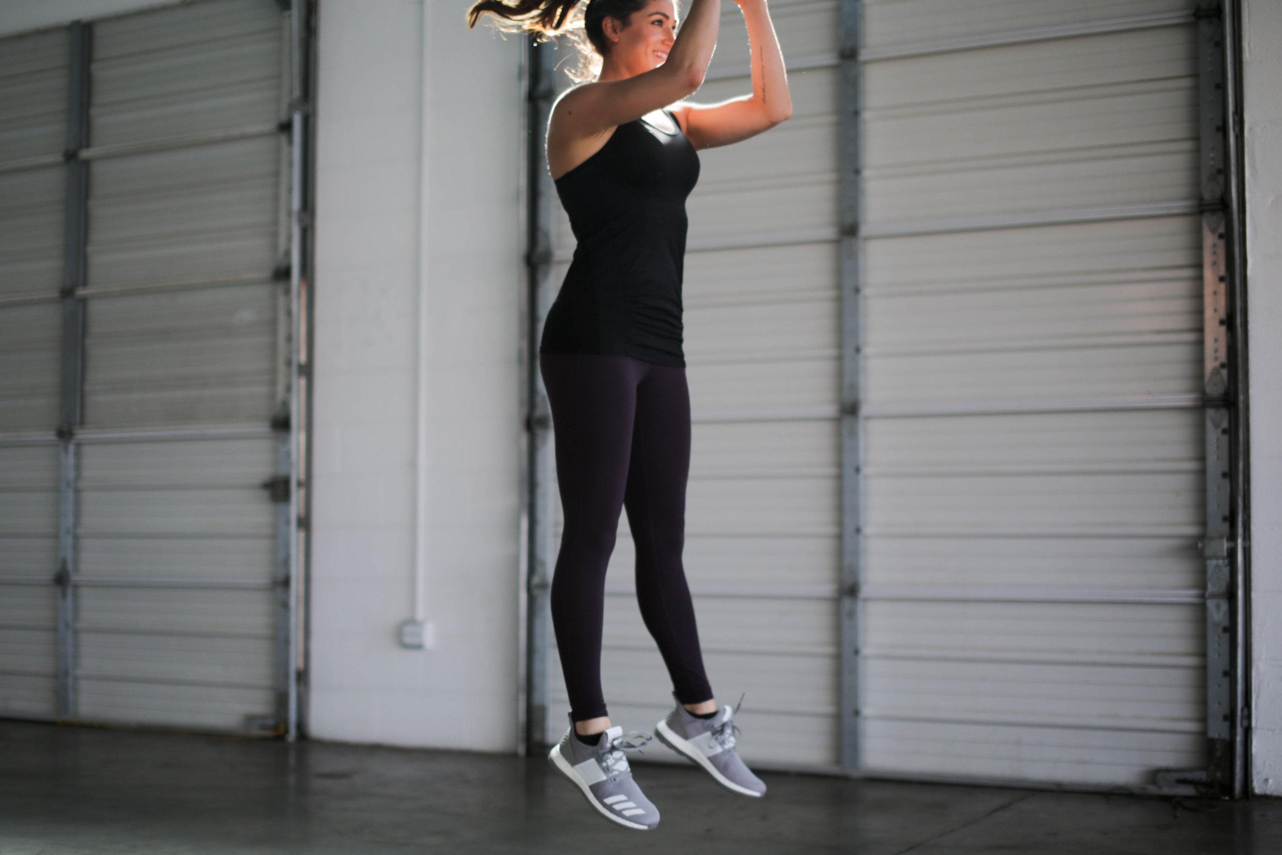 Body Weight Cardio Workout | Jennifer Diaz