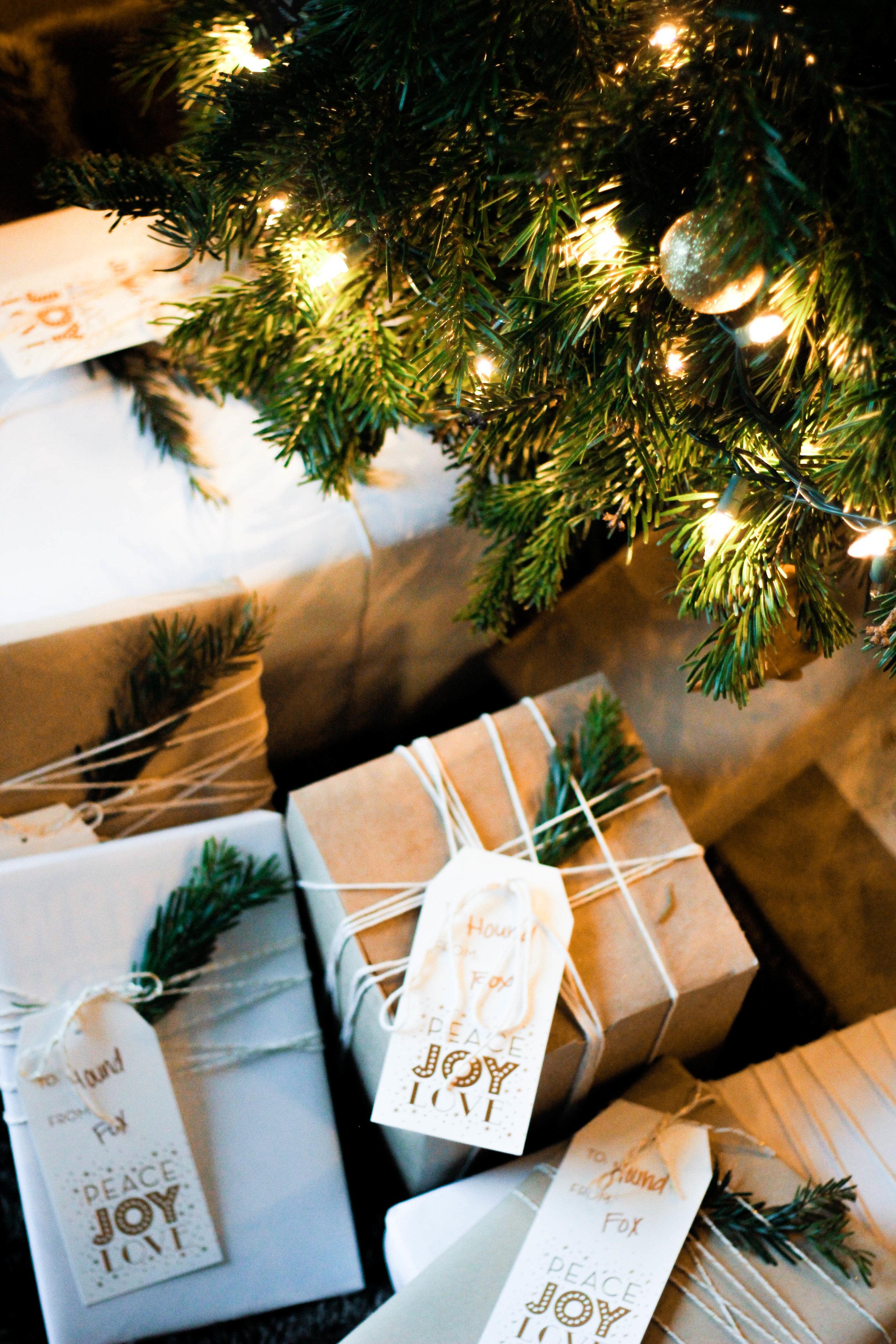 Cyber Monday Health & Wellness Gift Ideas | Jennifer Diaz | Holiday Gift Guide | Wellness Essientials | Workout Essientials | Athleta | Lululemon | Ugg | Nike | Adidas Women | Gifts for Women
