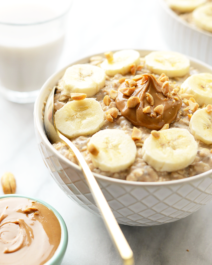 10 Healthy & Quick Options for Breakfast | Jennifer Diaz | Peanut Butter Banana Overnight Oats by Fit Foodie Finds