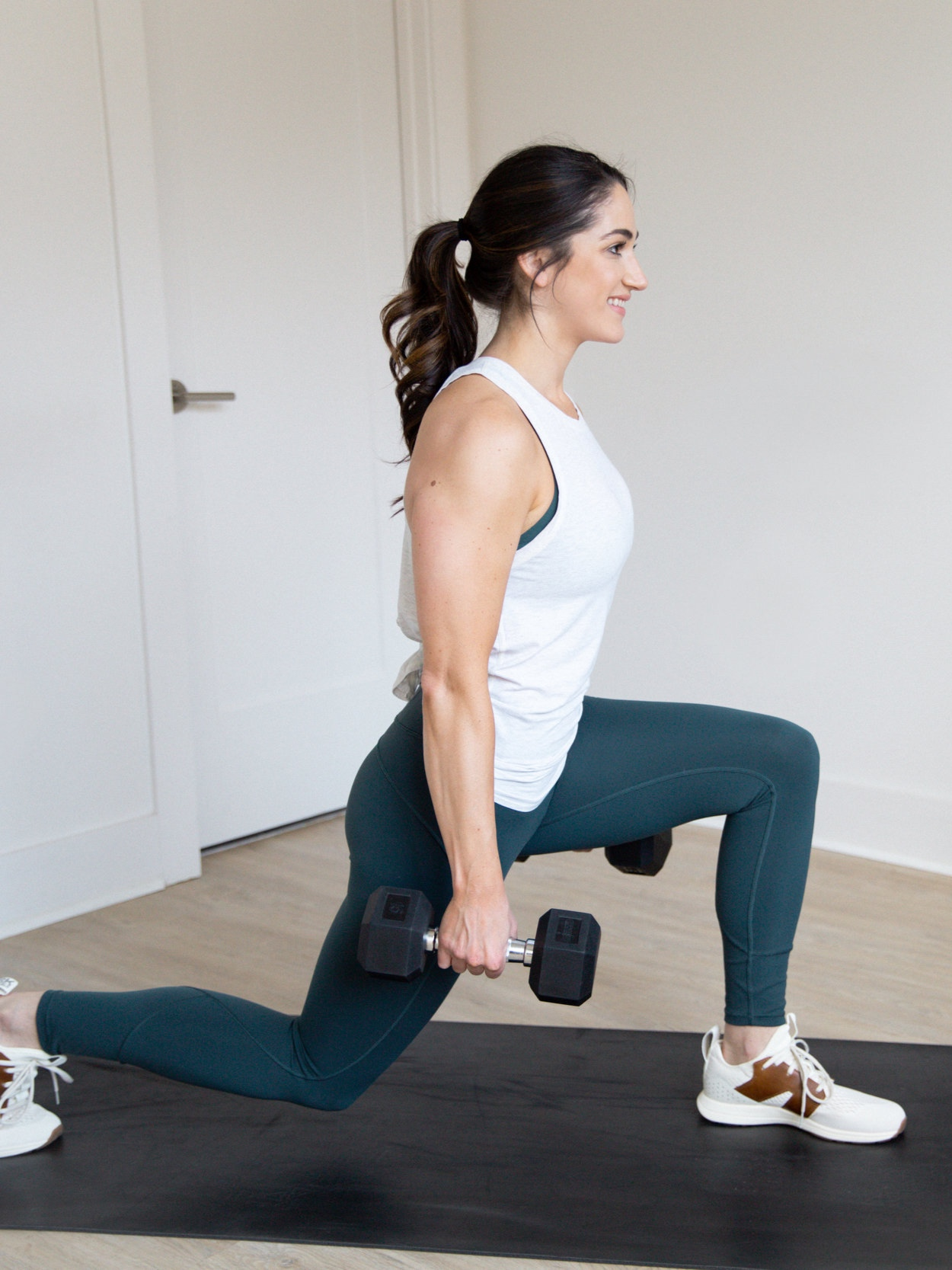 How to Lunge with Proper Form. Mistakes to avoid when you're doing lunges + 4 different types of lunges to add to your workouts to. strengthen and tone your legs and glutes.