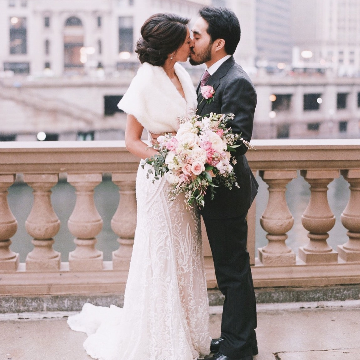 Embracing the Rain with a Chic and Romantic Chicago Affair -