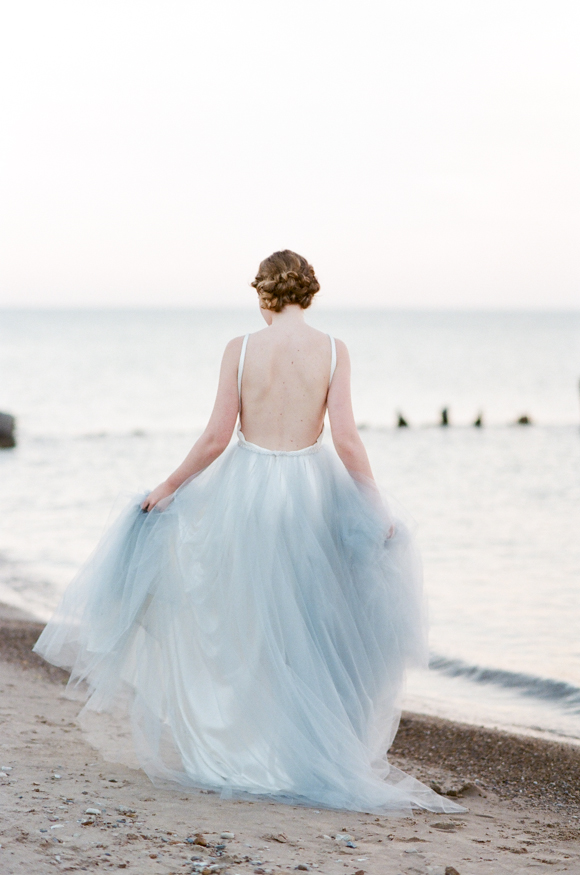 COASTAL ELOPEMENT IN A TULLE GOWN -