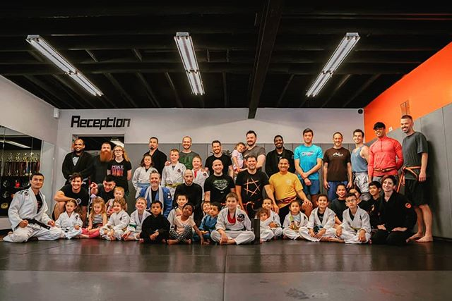 We kicked off Father's Day Weekend 2019, by kicking all our Warrior Dads into shape. No more Dad Bod on our watch, lol. It was a great turn out, and all the Dads earned their Sunday naps.