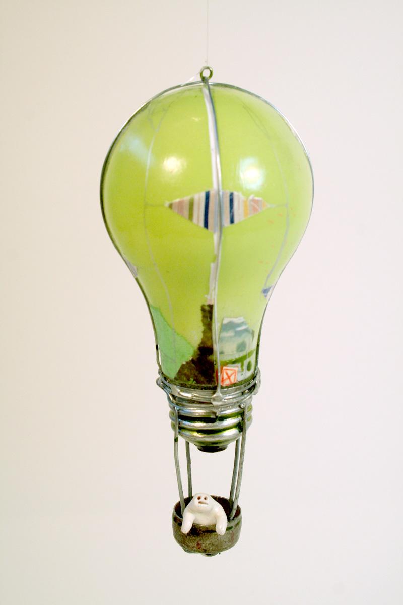 Lightbulb Balloon (Green)