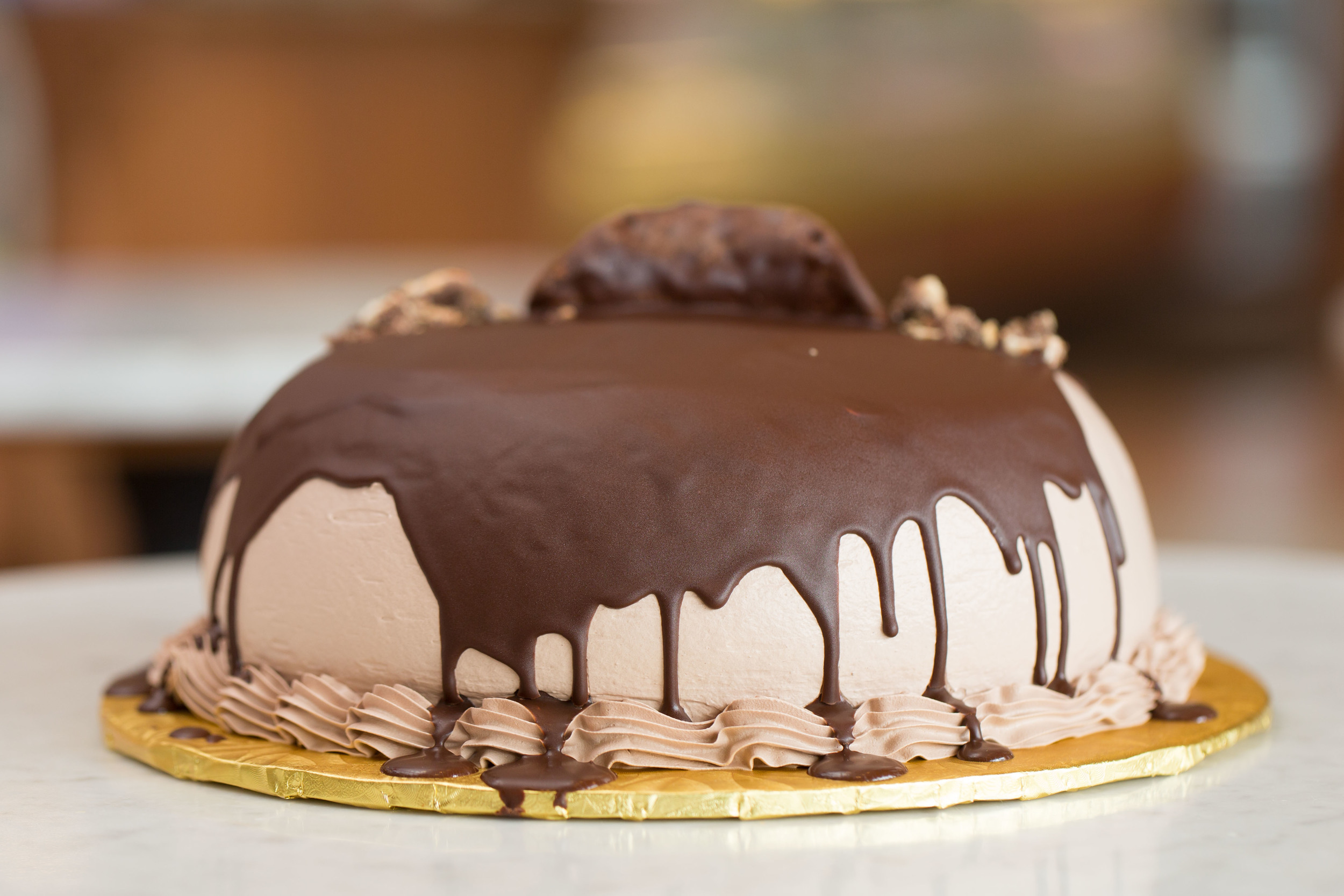 Chocolate Canoli Cake