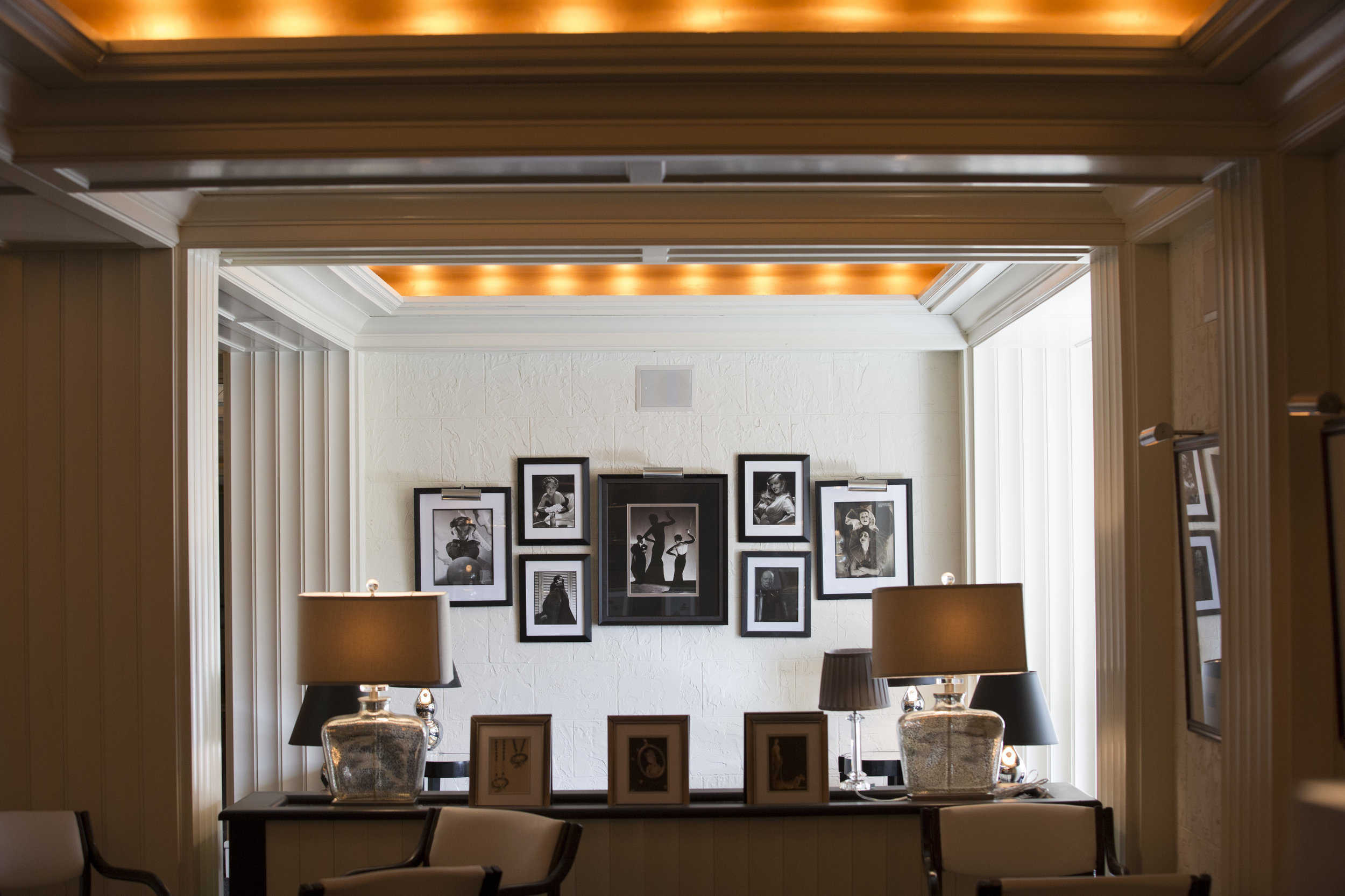 Lounge 2 10-05-15..jpg