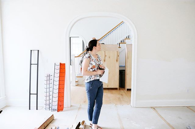 It is fun to show you all of the finished projects to give you inspiration to the work we do, but there is so much that goes into that final image.  We are behind the scenes every step of the way, bringing your dreams to a reality.⠀ .⠀ .⠀ .⠀ #interiorstyling #marylandhomes #interiorstyle #homedesign #homestyle #instadecor #instadesign #housetour #interior123 #myhousebeautiful #homesweethome #hgtv #coastalhome  #dreamhousestudiosinc #liveauthentic #housetour #interiordesign #lovewhereyoudwell⠀ #countryliving #dwell #elledecor #moderninterior #elegantinterior  #fineinteriors #interiorforall #inmydomaine #domino #sodomino #homeenvy #thatsdarling