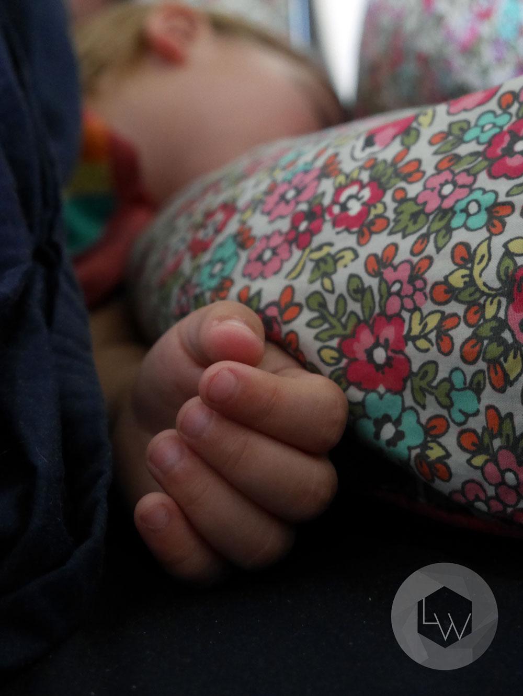 Five little fingers via Lila Wolff