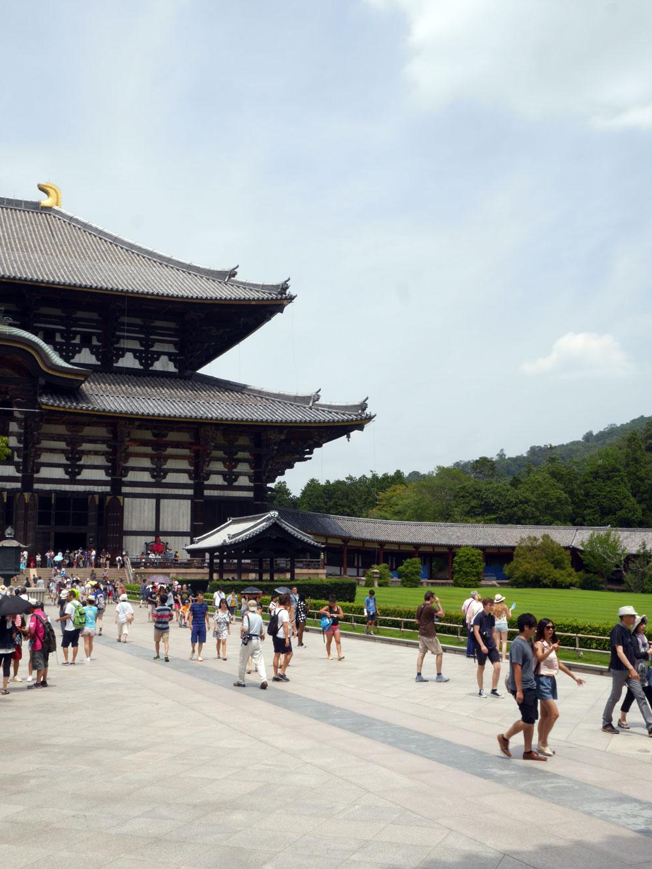 todai-ji temple Nara Japan