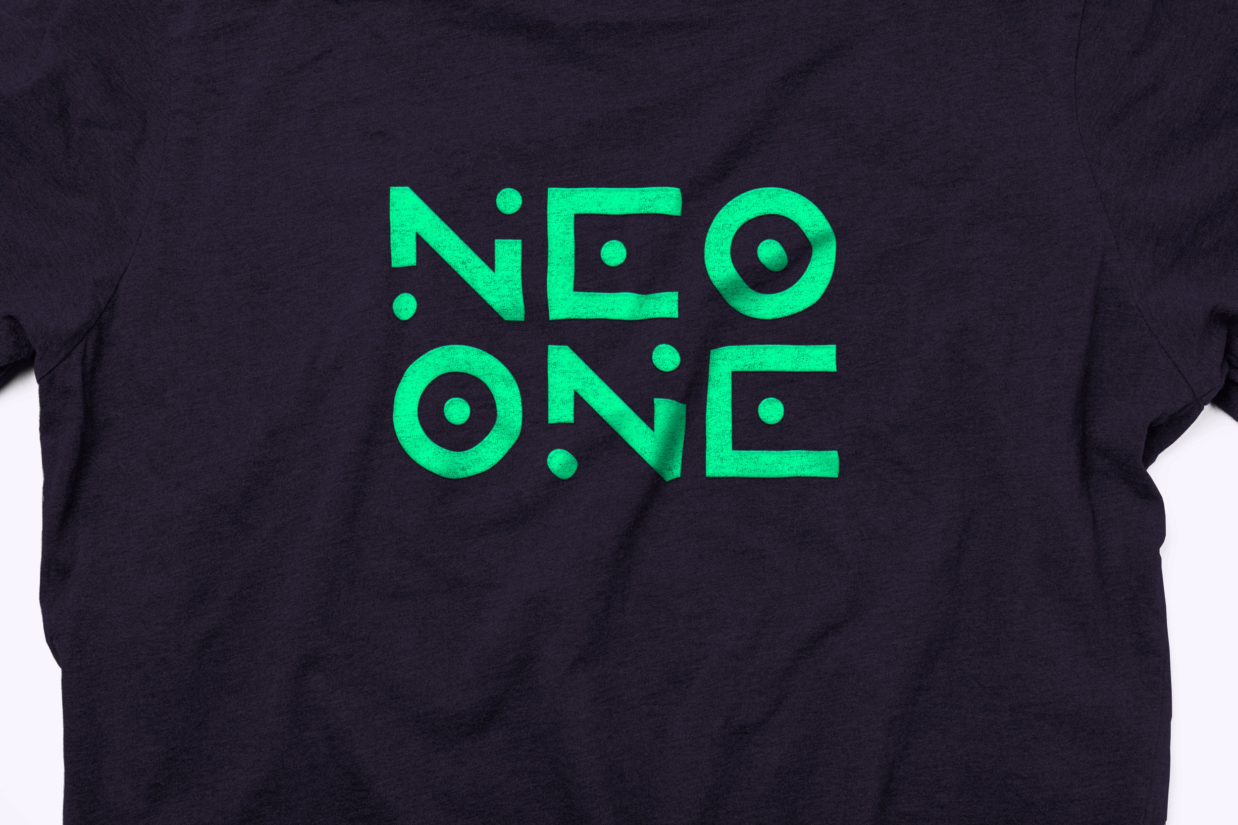NEOB001_tshirt_02.jpg