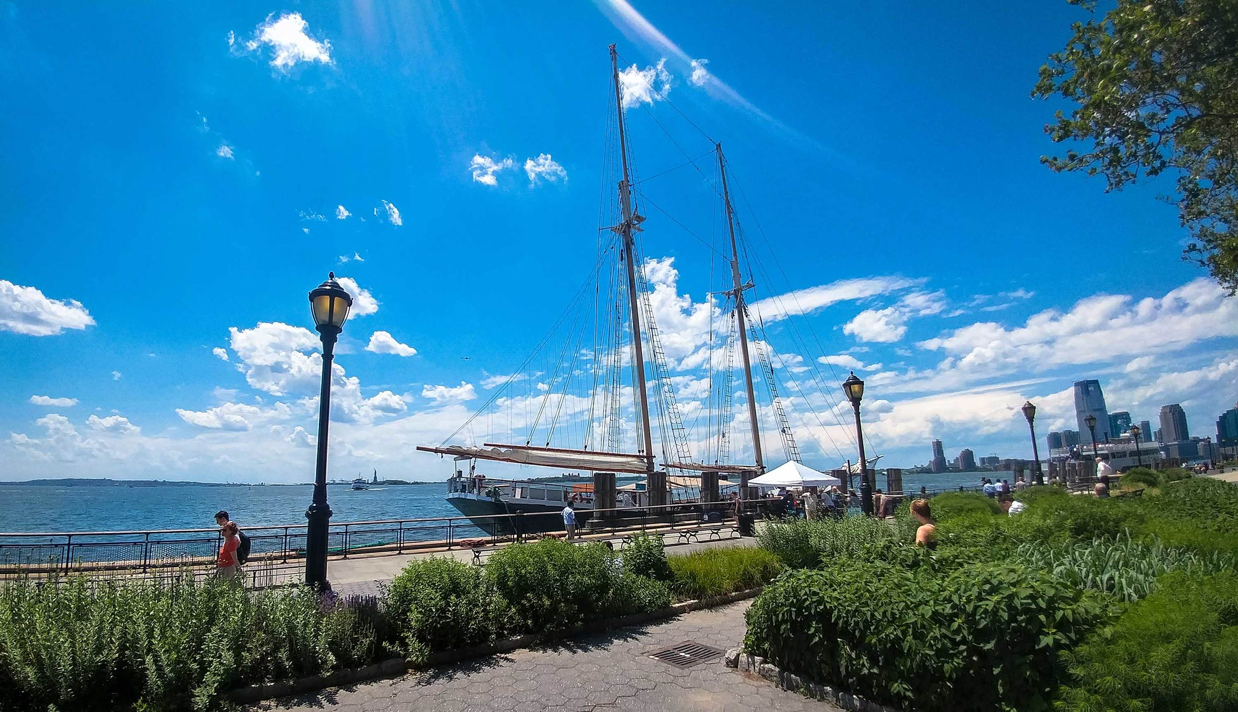 Battery Park and the Statue of Liberty, Manhattan