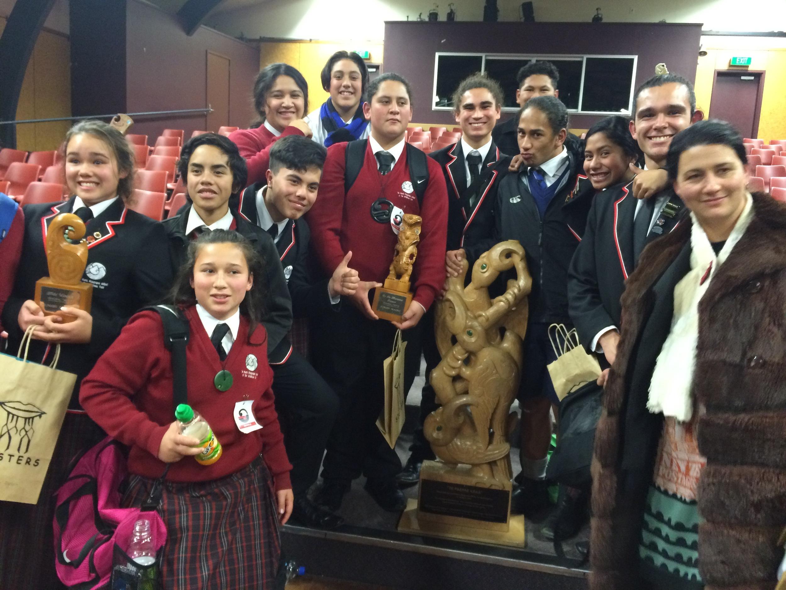 Te Kura Kaupapa Māori o Te Whānau Tahi : winner of Te Ao Marama Fraser Memorial trophy for Junior Māori (Rawhiti Ihaka); Mihi Winiata Trophy for Junior English (Sir Turi Carroll) and Te Paepae Kākā Trophy for the school that earns the highest aggregate.