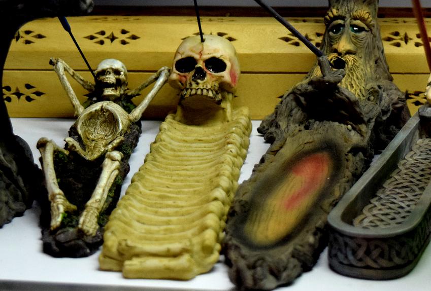 incense holder.png