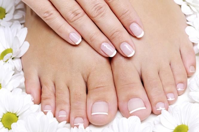 foot pedicure at ladies gentlemen salon spa.jpg