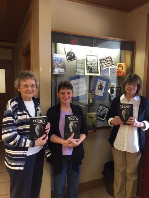 Joe's Journey Williamsburg Kansas Public Library Staff:Volunteers.JPG