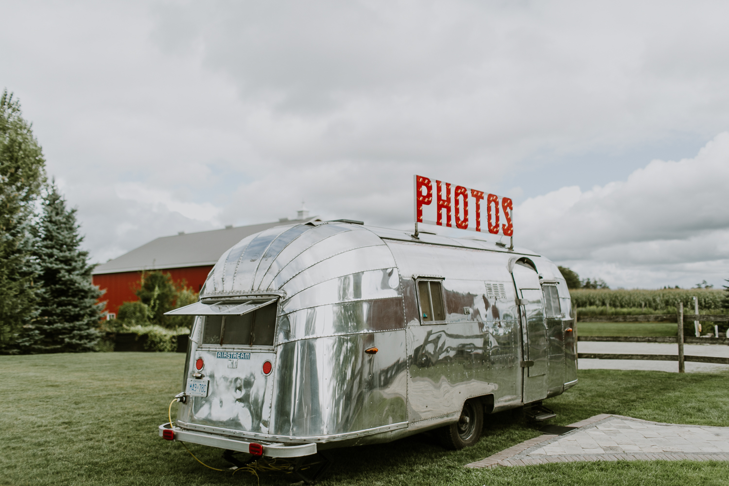 Snaptique.ca - Airstream by Newvintagemedia.ca (1 of 3).jpg