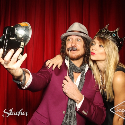 Snaptique.ca - Vintage booth resized (1 of 1).jpg