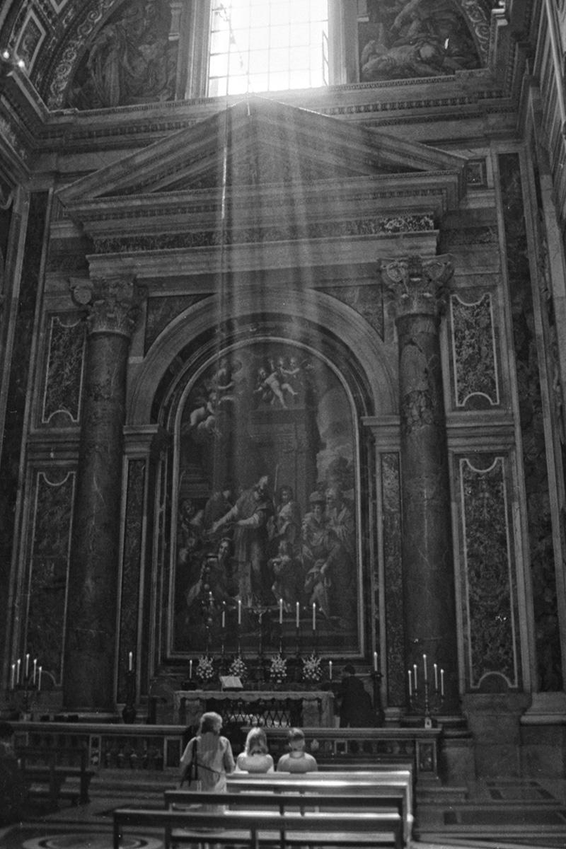LiehSugai_Travel_Paris.Rome_10.jpg