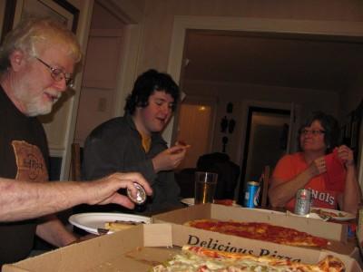 John, Logan, Patty treat us to Pizza in Lebanon, VA