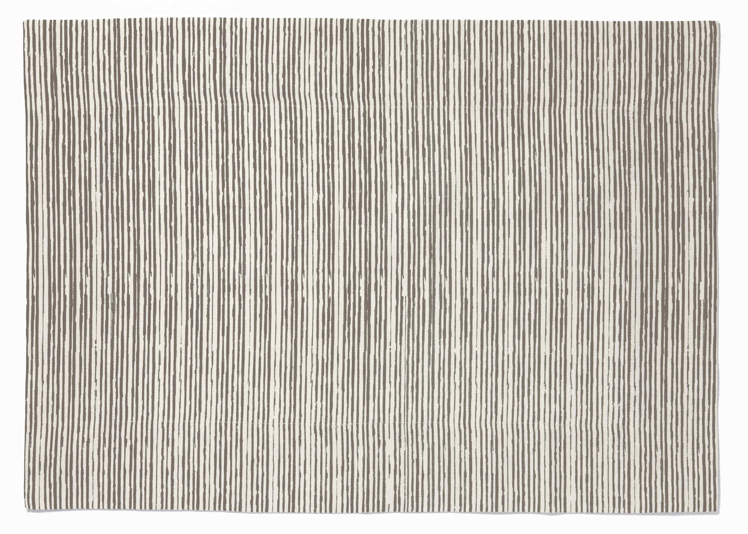 PENP04_Grey Pencil Lines Placemat.jpg