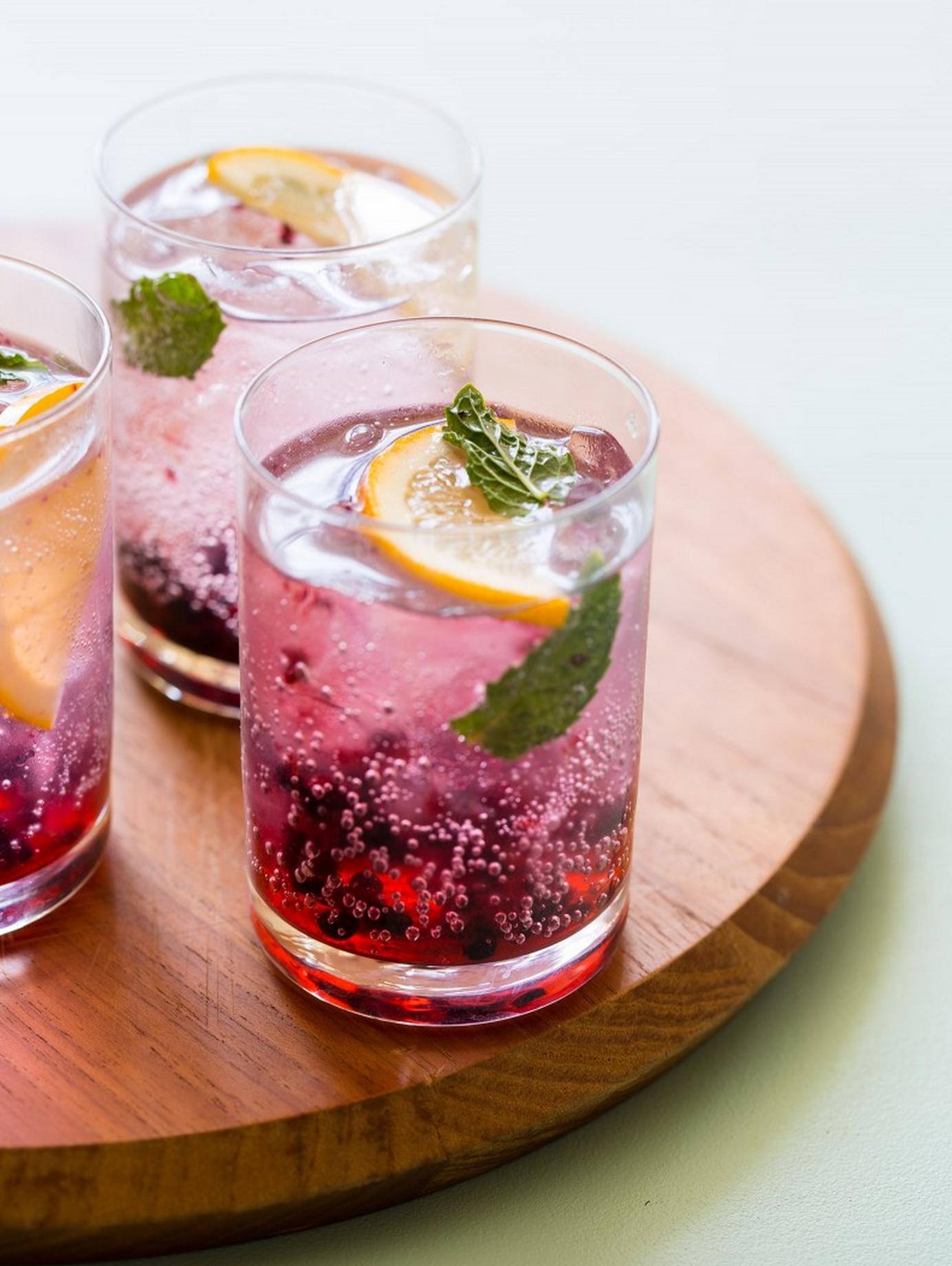 Blackberry Meyer Lemon Gin & Tonics