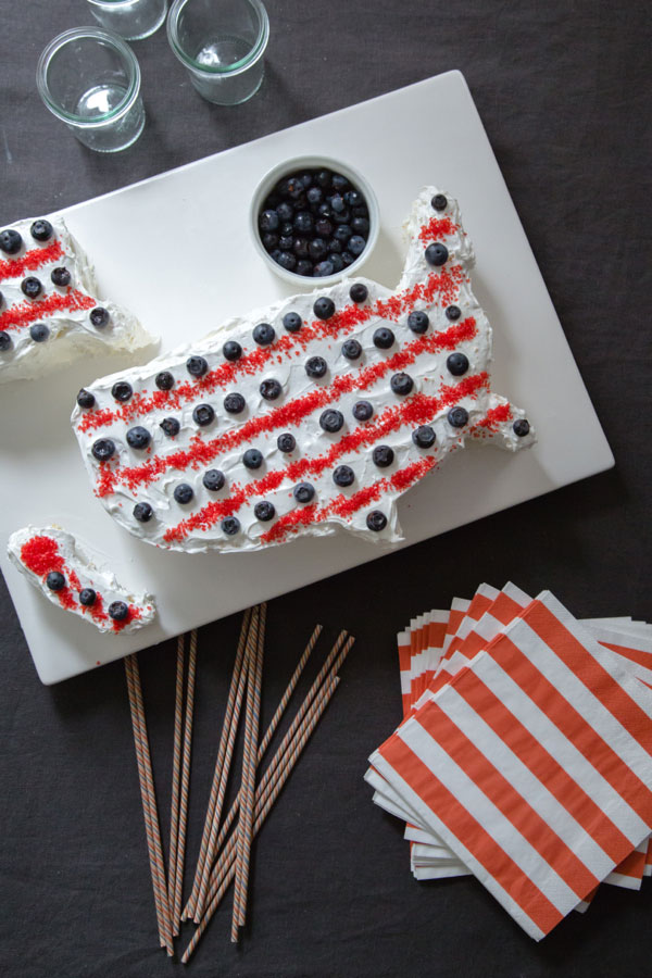 12 Ways to Celebrate the Red, White + Blue | 4th of July Party Ideas