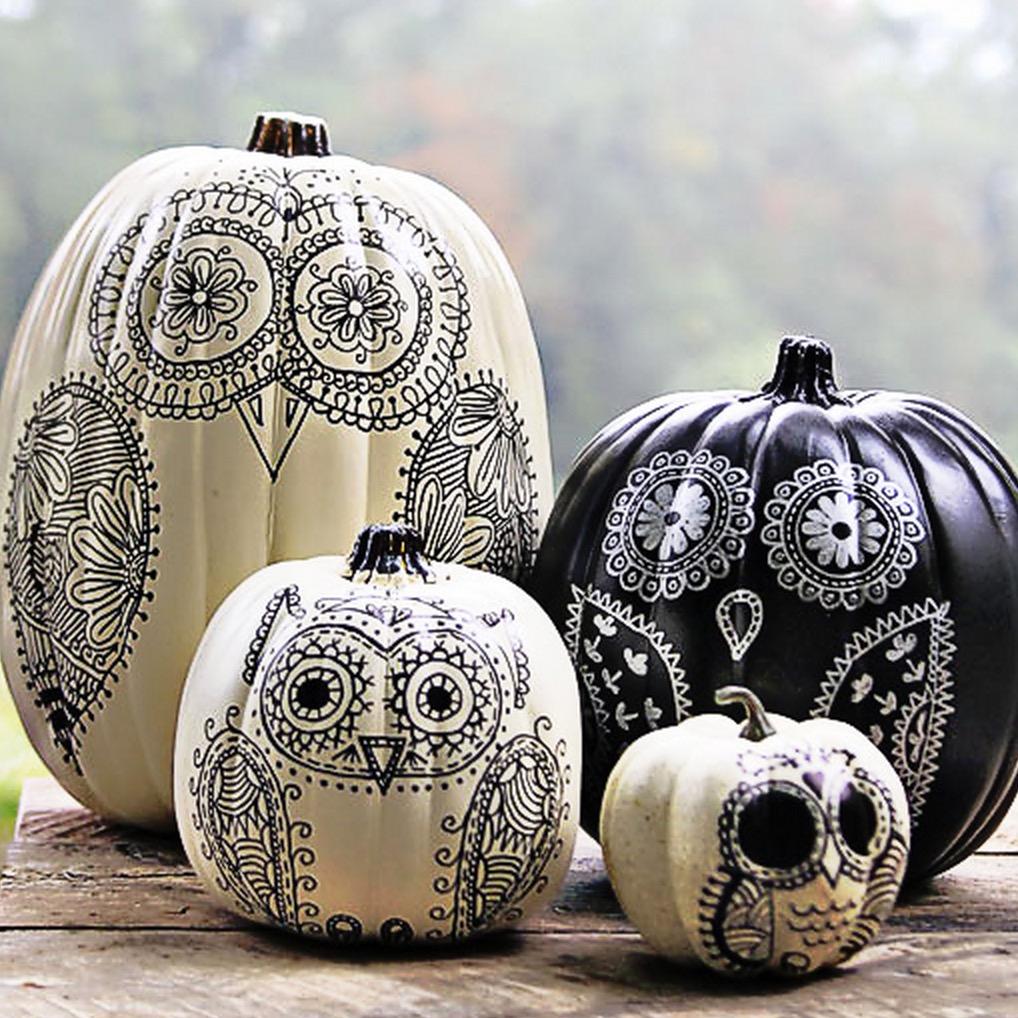 Throw a Drop Dead Gorgeous Halloween