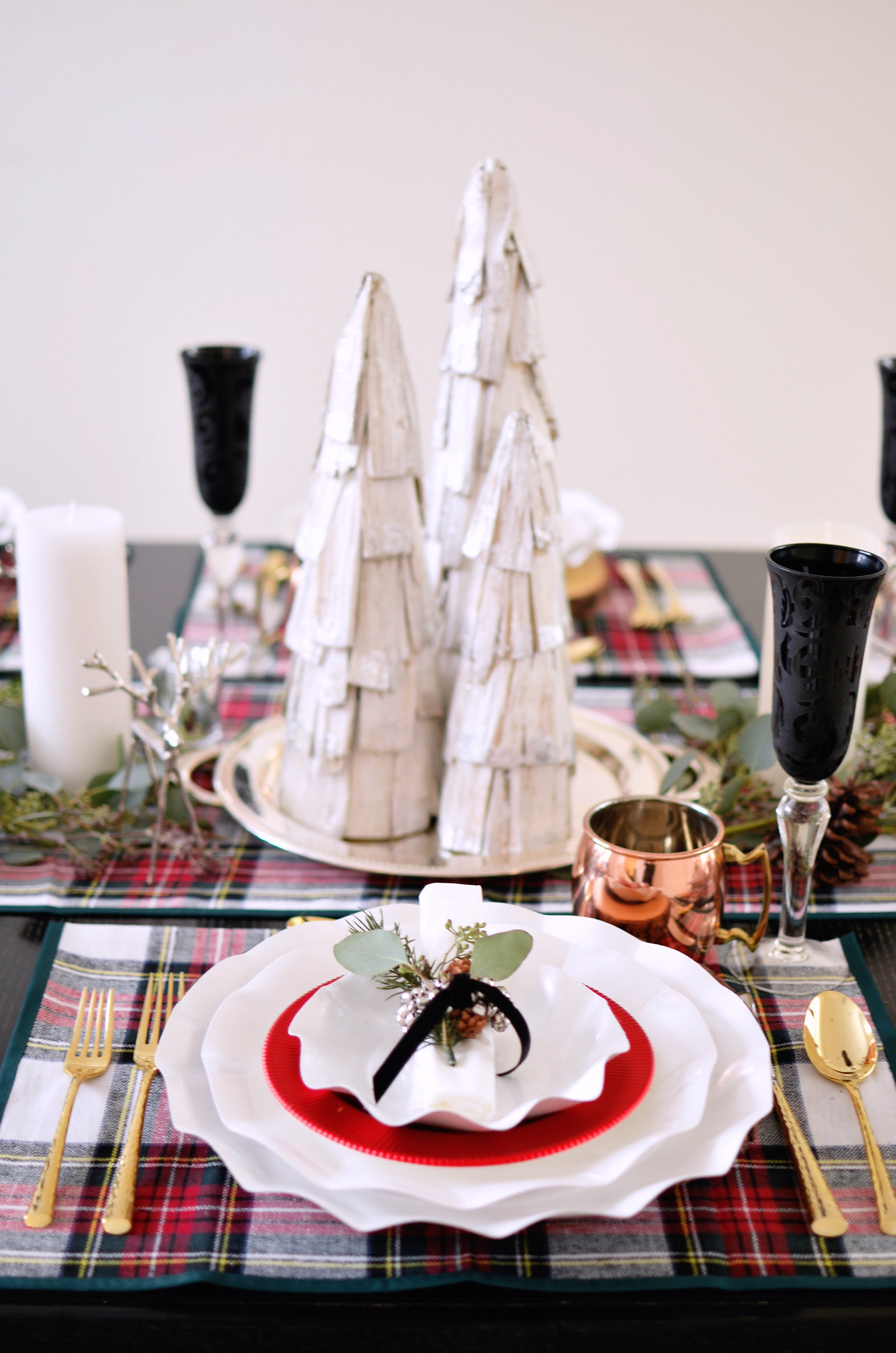Plaid Holiday Table 0186