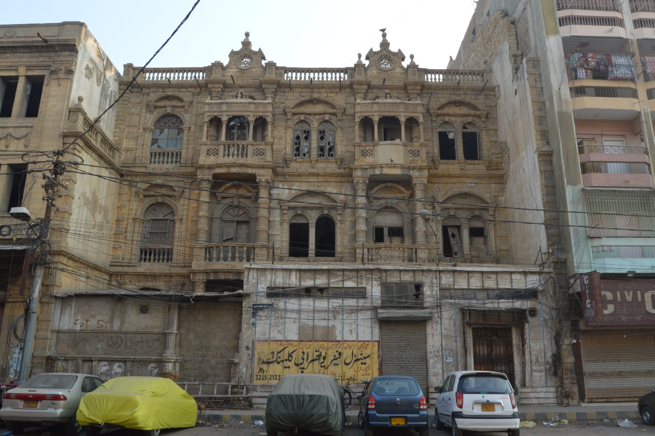 The Mendoza Building in Aram Bagh Quarter | Copyright Marvi Mazhar & Associates