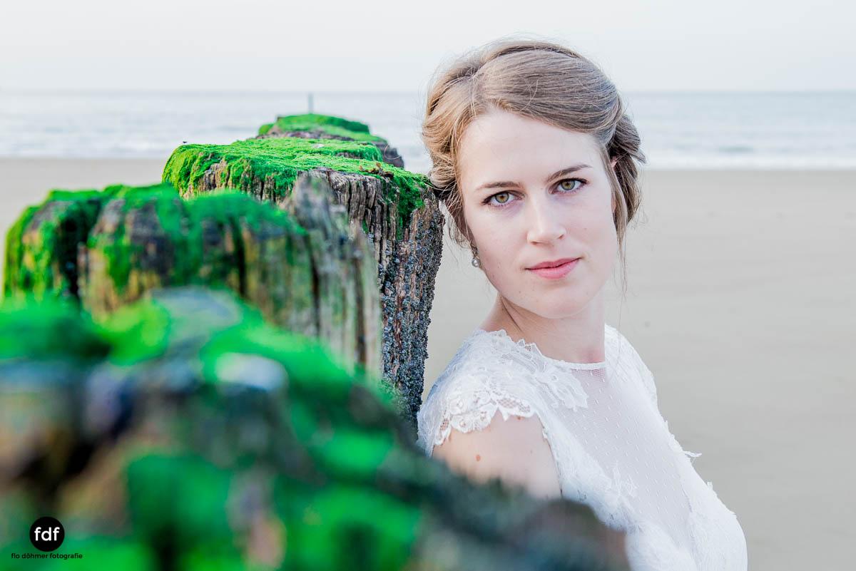 Braut-Meer-Hochzeit-Brautkleid-Shooting-Cadzand-8 114.jpg