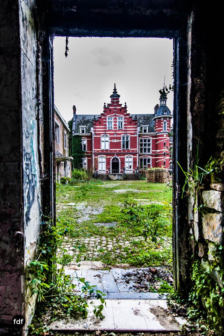 Chateau-Rouge-Lost-Place-Urbex-Anwesen-Villa-Hotel-Belgien-100.jpg