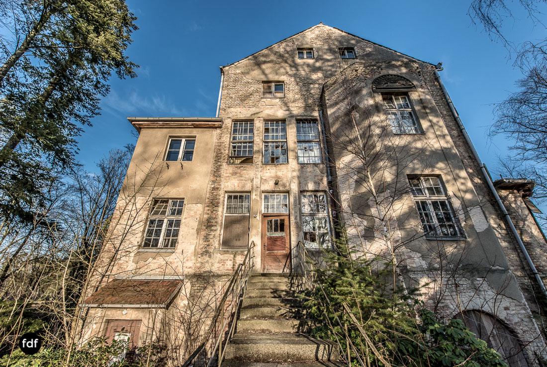 Stansdorf-Elisabethensanatorium-Berlin-Urbex-Lost-Place-Klinik-10.jpg