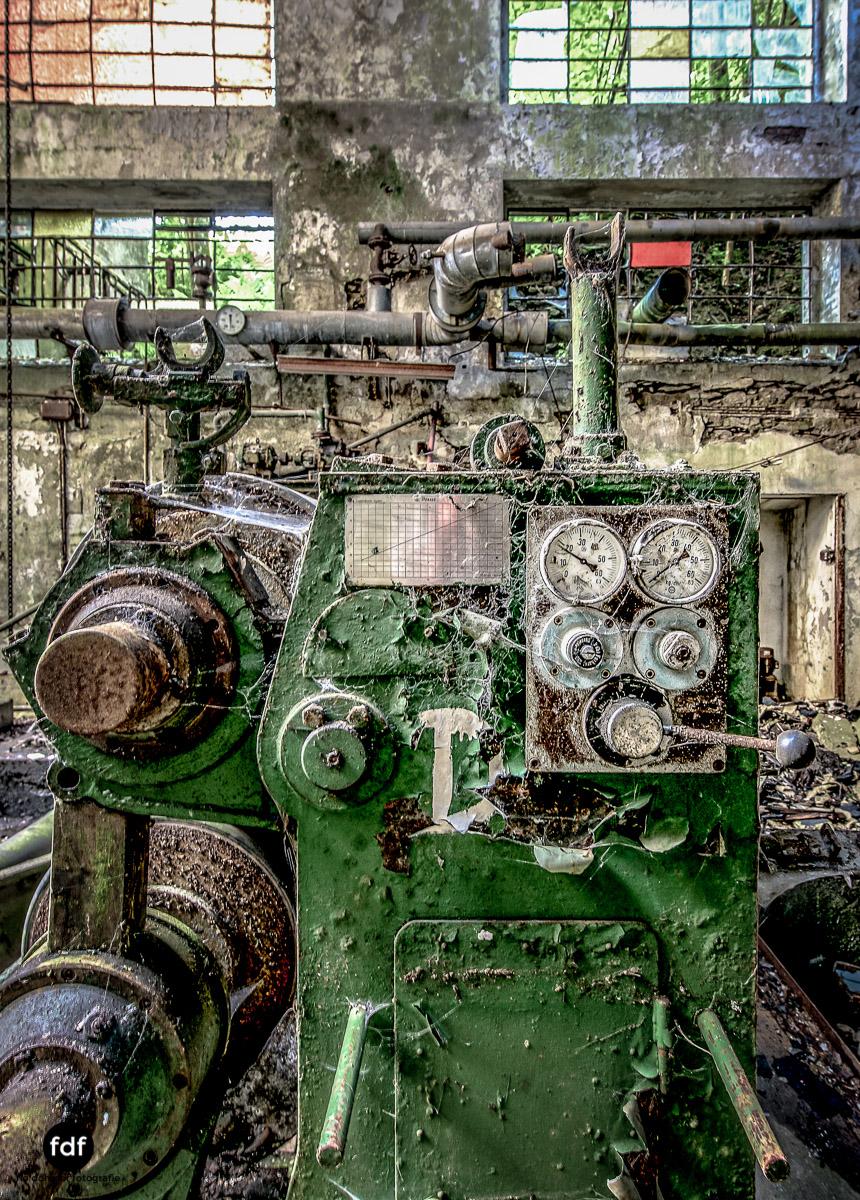 Papierfabrik-2-Kraftwerk-Urbex-Lost-Place-NRW-2.jpg