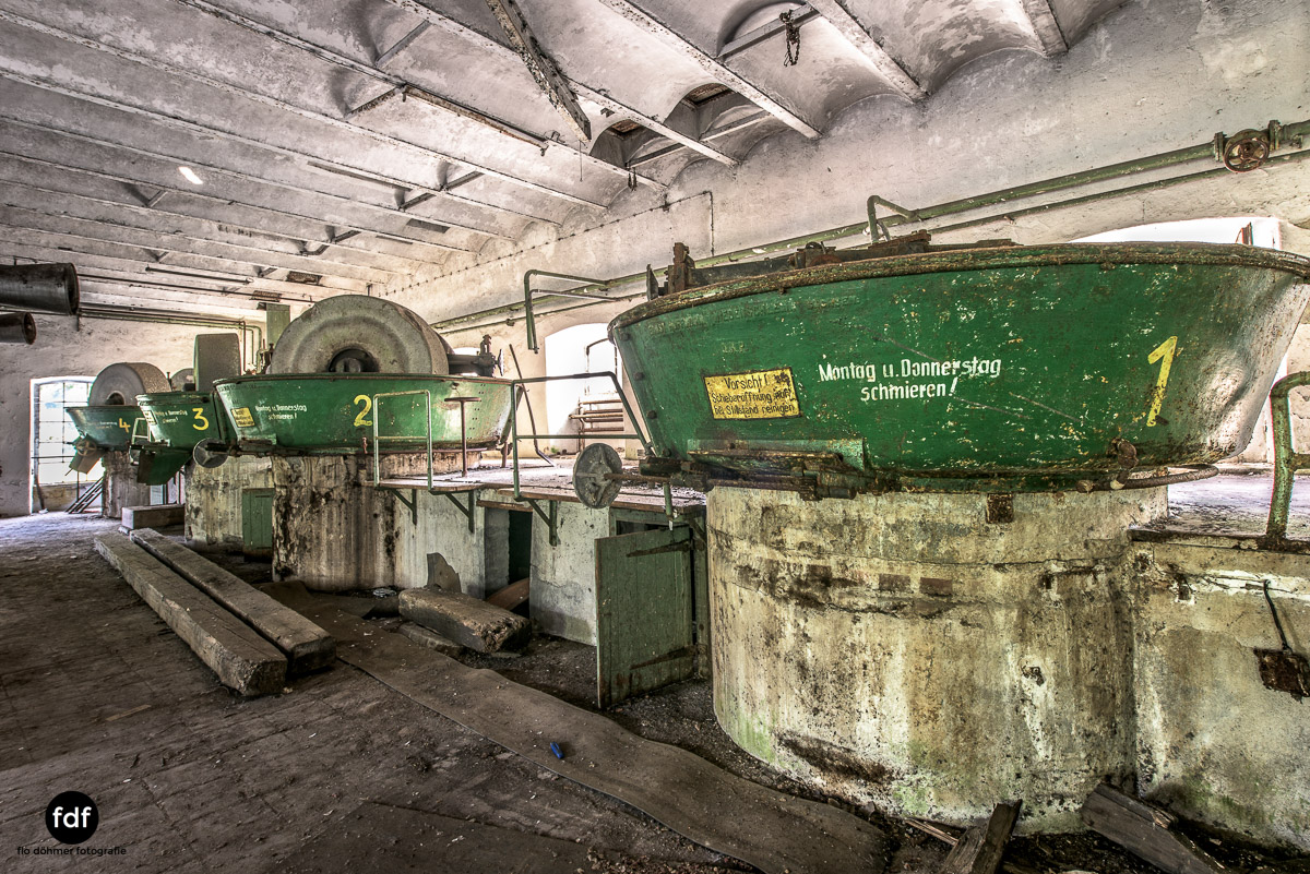 Papierfabrik-2-Kraftwerk-Urbex-Lost-Place-NRW-17.jpg