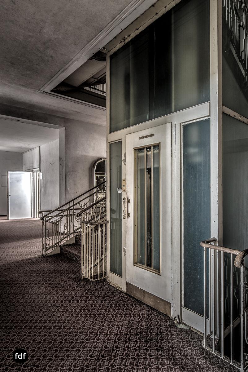 Grand-Hotel-Waldlust-Urbex-Verfall-Freudenstadt-Schwarzwald-6.jpg