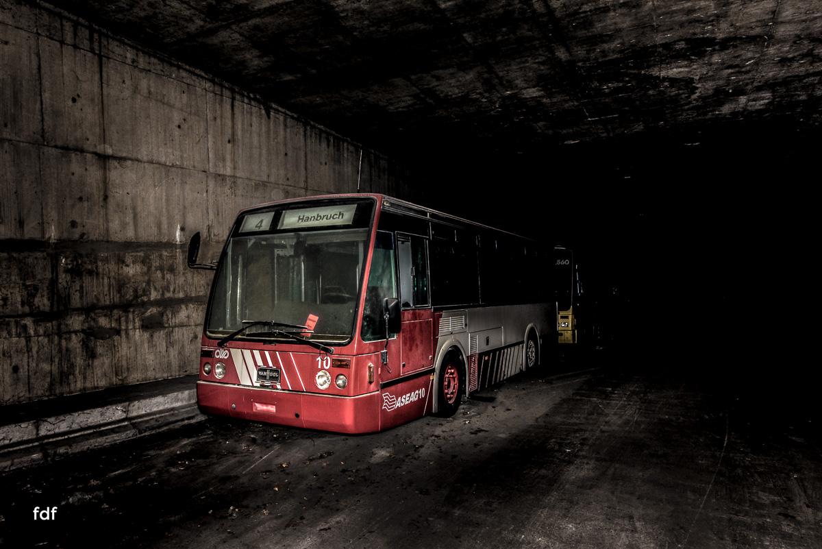 Ghost Bus Tunnel-1-Bearbeitet.jpg