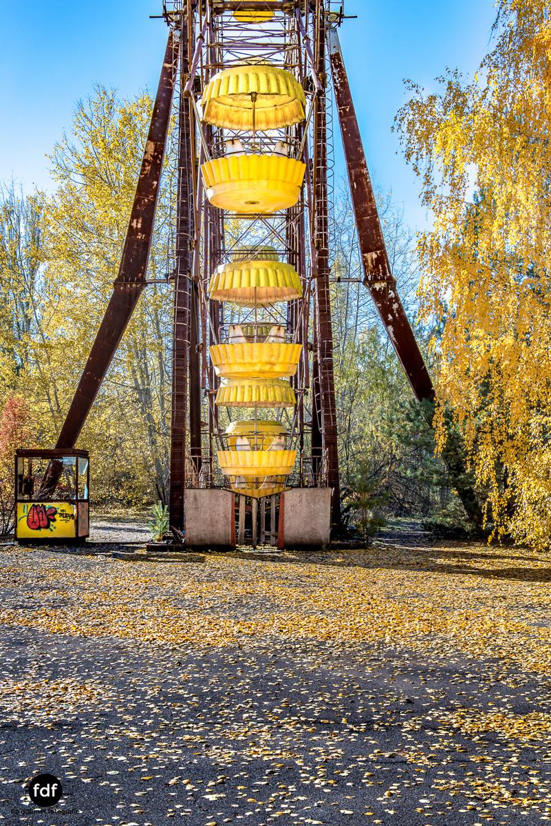 Tschernobyl-Chernobyl-Prypjat-Urbex-Lost-Place-Rummel-Festplatz-9.jpg