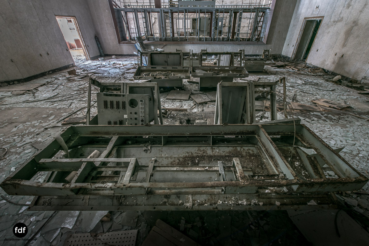 Tschernobyl-Chernobyl-Prypjat-Urbex-Lost-Place-Duga-Kontrolle-Propaganda-17.jpg