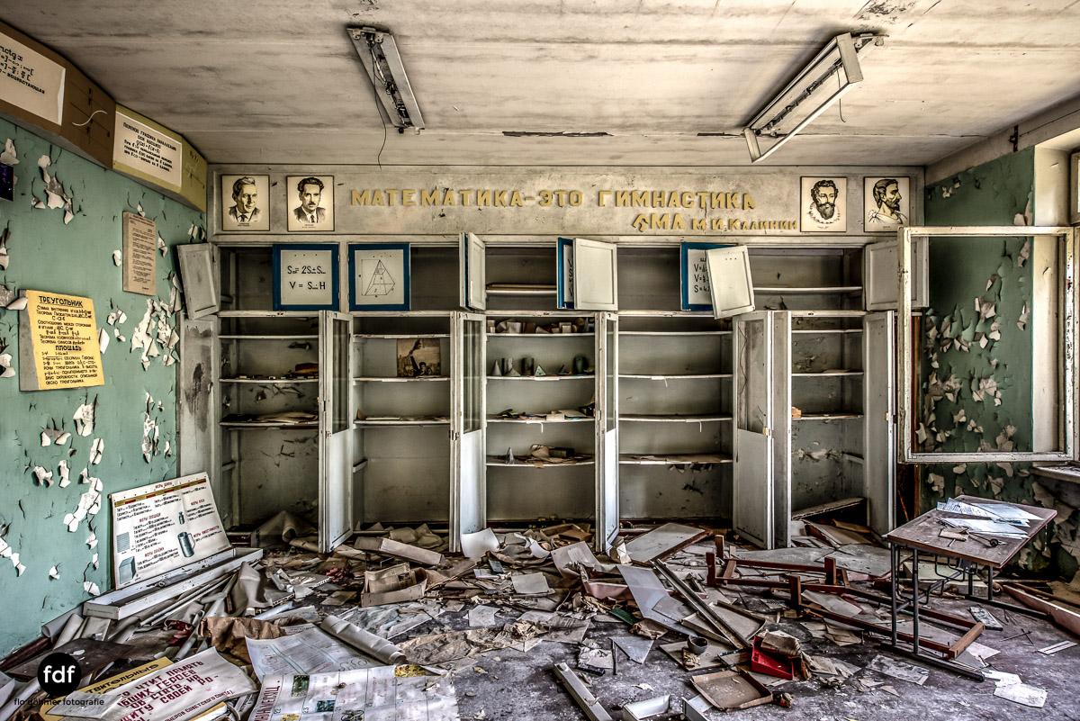 Tschernobyl-Chernobyl-Prypjat-Urbex-Lost-Place-Duga-Schule-Kino-18.jpg